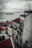 Gator av Lisbon royaltyfria bilder