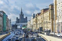 Gator av Moskva Trädgårds- cirkel nära den Tverskaya gatan Arkivbild