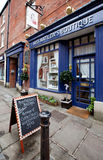 Gator i mycket liten engelsk town Arkivfoton