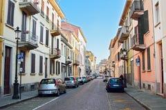 Gator med hus i den Parma staden, Italien Arkivbilder