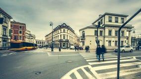 Gator och byggnader av Warszawa Arkivbilder