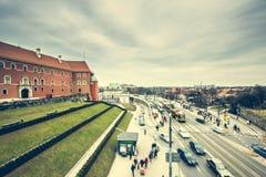 Gator och byggnader av Warszawa Royaltyfri Fotografi