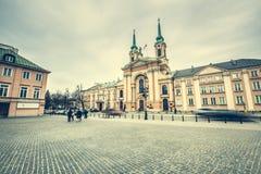 Gator och byggnader av Warszawa Royaltyfri Foto
