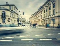 Gator och byggnader av Warszawa Arkivbild