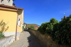 Gator och byggnader från Aarau, Schweiz Royaltyfri Fotografi