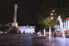 Gator och fyrkanter som är upplysta på jul i Lissabon Royaltyfria Bilder