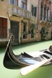 Gator och kanaler av Venedig Fotografering för Bildbyråer