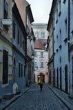 Gatorna av Bratislava, den gamla staden Arkivfoto