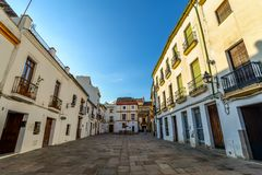 Gatorna av Cordoba - Spanien arkivbild