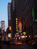 Den upptagna aftonen i tider kvadrerar New York Arkivbild