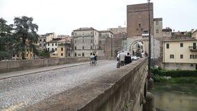 Gatorna Italien lager videofilmer