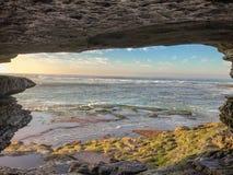 Gatter zum Ozean lizenzfreies stockfoto