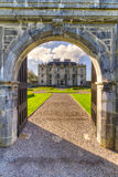 Gatter zum Portumna Schloss in Co. Galway Stockfotografie