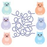 Gatti grassi divertenti di seduta stabilita, colori pastelli su fondo bianco gioco del labirinto per i bambini in età prescolare  Fotografia Stock Libera da Diritti