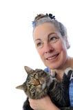 Gatto della holding della donna Fotografia Stock