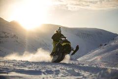 Gatto delle nevi di Tamok del campo Fotografie Stock Libere da Diritti