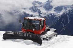 Gatto delle nevi nelle alpi Immagine Stock Libera da Diritti