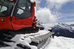 Gatto delle nevi nelle alpi Fotografia Stock Libera da Diritti