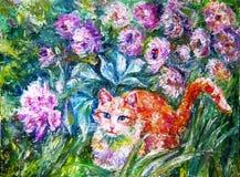 Gatto dello zenzero che si siede sui bei fiori dell'erba che ondeggiano nel Fotografie Stock Libere da Diritti