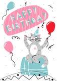 Gatto felice del fumetto del biglietto di auguri per il compleanno di vettore Immagine Stock Libera da Diritti