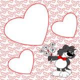 Gatto grigio sveglio con i fiori Pagina con cuore rosso valentine Immagine Stock