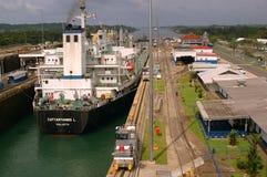 Gatun ferme à clef le canal de Panama Image stock