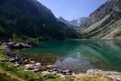 gaube βουνά Πυρηναία λιμνών στοκ εικόνες