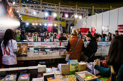 Gaudeamus bokmarknad, Bucharest, Rumänien 2014 Royaltyfri Bild