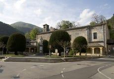 Gaudenzio法拉利纪念碑在瓦拉洛,意大利 免版税库存图片