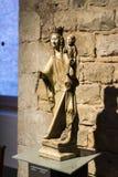 Gaudi ` s展览会提出走与建筑师` s个人财产和测试mo的Gaudi的永久陈列 库存照片
