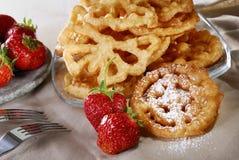 Gaufre avec des fraises Photographie stock libre de droits