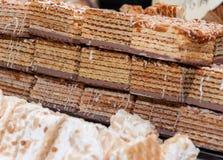 Gaufres avec du chocolat et des noisettes Photo libre de droits