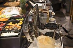 Gaufres belges et buffet de casse-croûte Image libre de droits