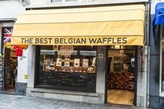 Gaufres de magasin de bonbons à Bruges, Belgique Images stock
