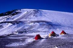gaussberg för Antarktislägerfält Arkivbilder