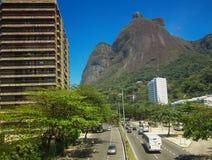 Gavea扔石头(Pedra da Gavea) -里约热内卢。 免版税库存照片