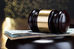 Gavel and banknote Royalty Free Stock Photography