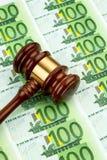 Gavel e euro- notas Imagem de Stock Royalty Free