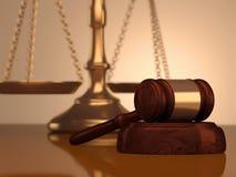 Gavel et échelle de justice Images stock
