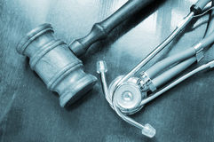 Gavel and stethoscope Stock Photography