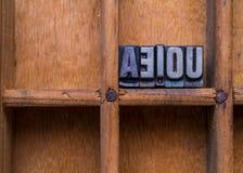 Gaveta do tipógrafo: AEIOU Fotografia de Stock Royalty Free