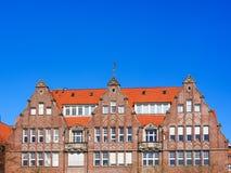 Gavlar av historiska tegelstenhus på den strandpromenad`-Schlachte `en i Bremen, Tyskland arkivbilder