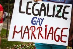 Gay pride sulle vie Fotografia Stock