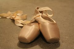 Gaynor Minden Pointe Shoes lizenzfreies stockbild