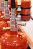Gaz automatique s'éteignant l'installation Systèmes extincteurs de gaz modulaire photo stock