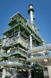 gaz résiduel d'incinérateur dans la centrale pétrochimique photographie stock libre de droits