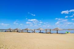 Gazebo à la belle plage Photographie stock libre de droits