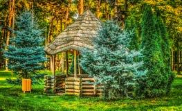 Gazebo στα δάση στοκ εικόνα με δικαίωμα ελεύθερης χρήσης