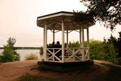 Gazebo φύσης στα ξύλα Στοκ φωτογραφίες με δικαίωμα ελεύθερης χρήσης