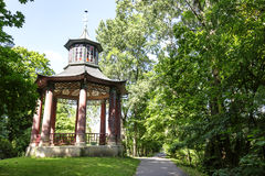 Gazebo chino en el parque de Wilanow, Varsovia Imagen de archivo